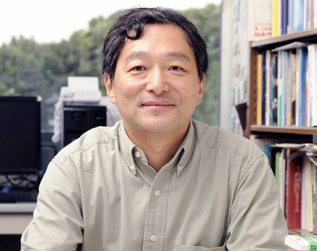 Masahiro Yamada, giáo sư xã hội học gia đình tại Đại học Chuo.