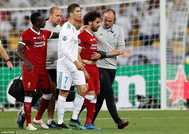 Salah rời sân ở phút 31 và Liverpool tổn thất khá nhiều sức mạnh