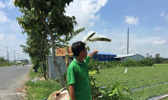 Nhiều người dân ở cạnh cơ sở tái chế nhôm cho biết, cơ sở này hoạt động gây ô nhiễm môi trường nghiêm trọng, khiến cuộc sống của họ bị đảo lộn