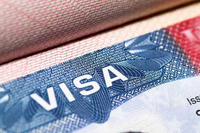 Sắc lệnh mới nhắm vào việc cư trú bất hợp pháp của du học sinh quốc tế theo diện F, J, M của Sở Di trú và nhập tịch Mỹ (USCIS) sẽ có hiệu lực 09/08/2018 sắp tới.