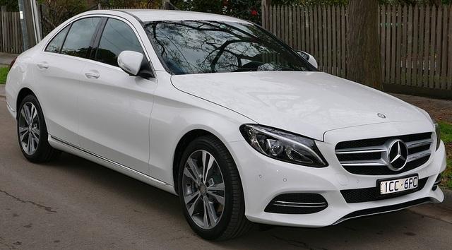 Hàng chục nghìn xe Mercedes-Benz C-Class bị điều tra gian lận khí thải - 1