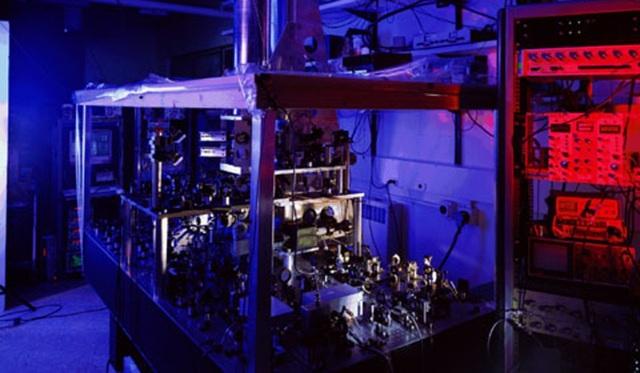 Đồng hồ NIST-F1 đảm nhiệm việc đo lường thời gian thực ở Mỹ hiện nay, là một trong những đồng hồ chính xác nhất thế giới. Ảnh: NIST.