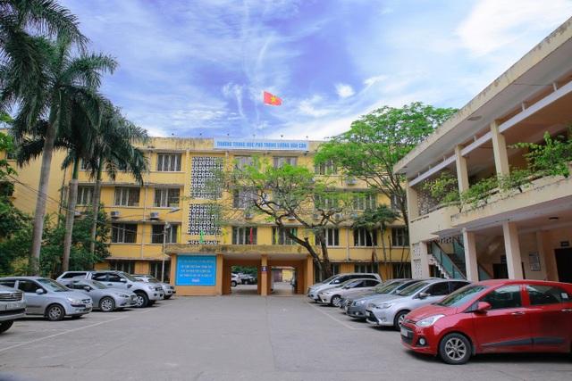 Trường THPT Lương Văn Can (Hà Nội).