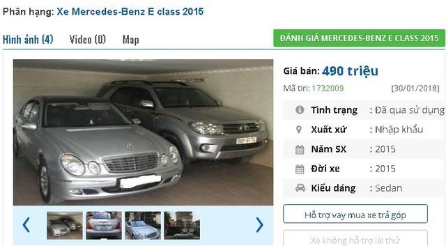 """Chiếc Mercedes E280 đời 2015, màu bạc, nhập khẩu nguyên chiếc này có giá bán 490 triệu đồng trên thị trường xe hơi cũ. Xe được quảng cáo là """"nhà sử dụng cẩn thận, hình thức đẹp, máy móc chắc chắn""""."""