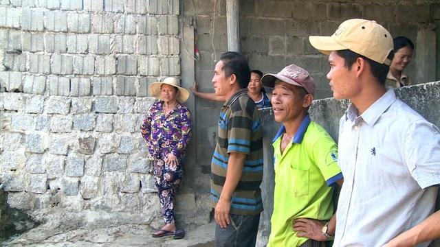 Người dân kiến nghị dự án sớm xây dựng hệ thống nước sạch