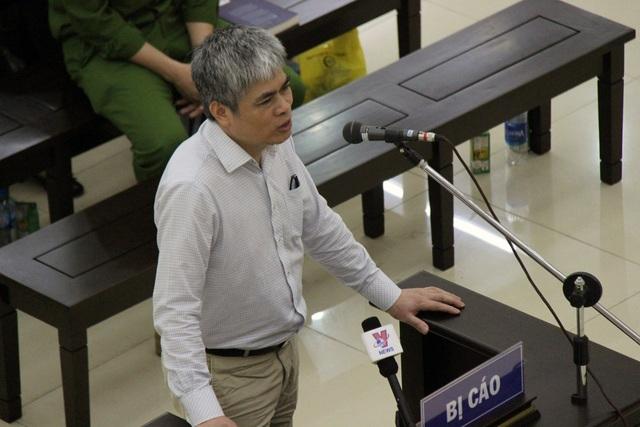 Bị cáo Nguyễn Xuân Sơn nói lời sau cùng.