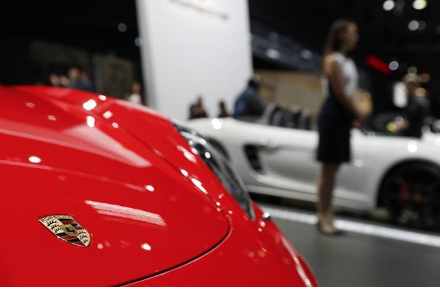 Lãnh đạo Porsche bị bắt - 1