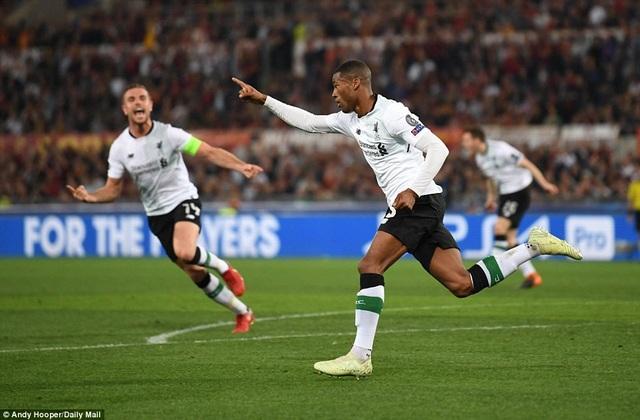 Niềm vui của tiền vệ người Hà Lan khi anh thay thế xứng đáng vị trí Oxlade-Chamberlain để lại