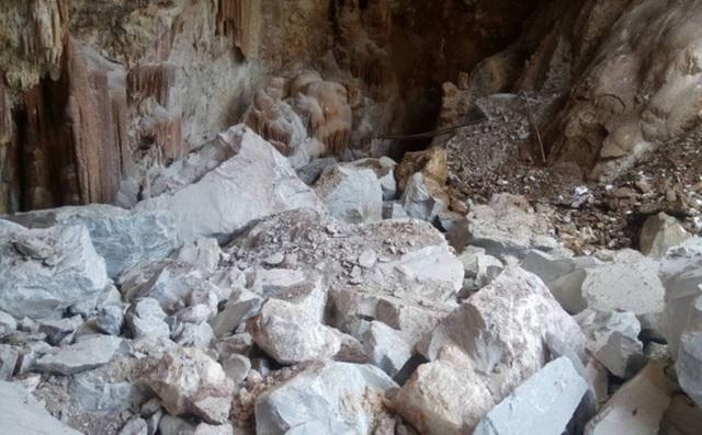 Doanh nghiệp khai thác đá nổ mìn khiến hang động bị tàn phá