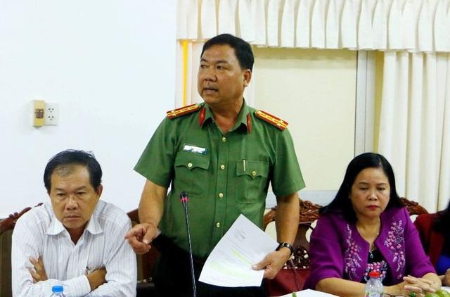Đại tá Trần Ngọc Hạnh - Giám đốc Công an Cần Thơ phát biểu tại cuộc họp