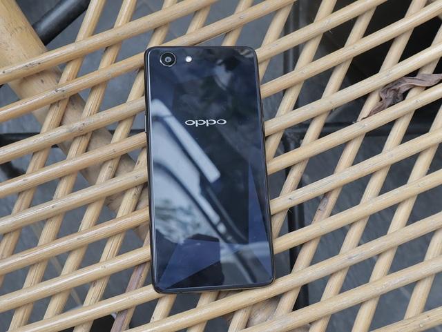 Oppo tung bản rút gọn của F7 tại Việt Nam với giá 6,5 triệu đồng - 2