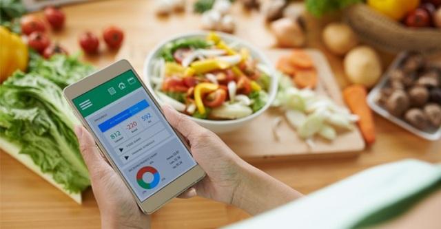 Sử dụng ứng dụng theo dõi lượng calo có thể hữu ích khi muốn tăng cân.