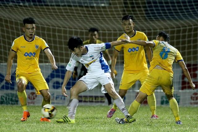 HA Gia Lai trở về sân nhà tiếp Quảng Nam sau khi thua đậm Than Quảng Ninh 0-3 ở vòng đấu trước (ảnh: Gia Hưng)