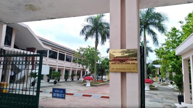 UBND huyện Đông Anh liên tục khất lần cung cấp văn bản trả lời báo chí và từ chối trao đổi trực tiếp về vụ việc trường tiểu học Hải Bối.