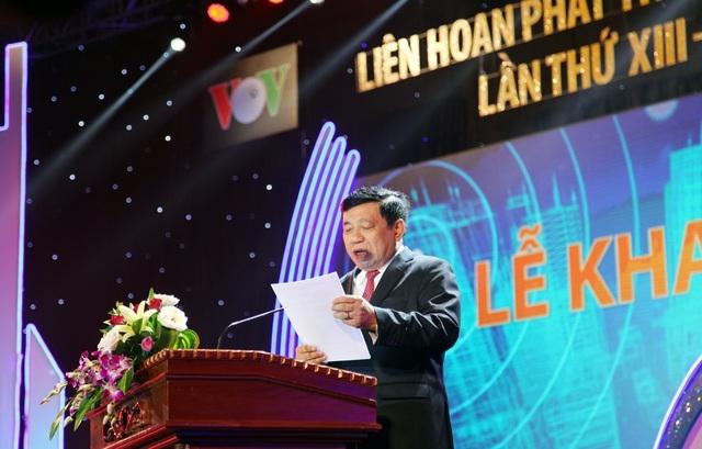 Ông Nguyễn Xuân Đường - Phó Bí thư Tỉnh ủy, Chủ tịch UBND tỉnh Nghệ An phát biểu chào mừng Liên hoan Phát thanh toàn quốc lần thứ 13.