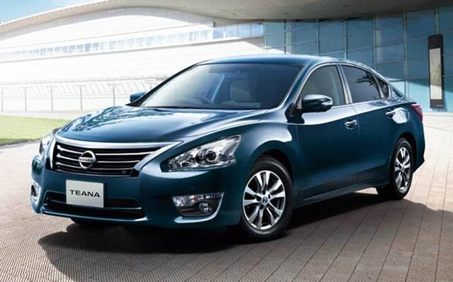 Mẫu sedan hạng D Teana của hãng Nissan tiếp tục được giảm giá sốc.
