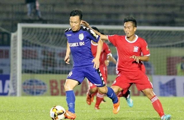 Lê Tấn Tài giúp B.Bình Dương có chiến thắng ở vòng 7 V-League 2018