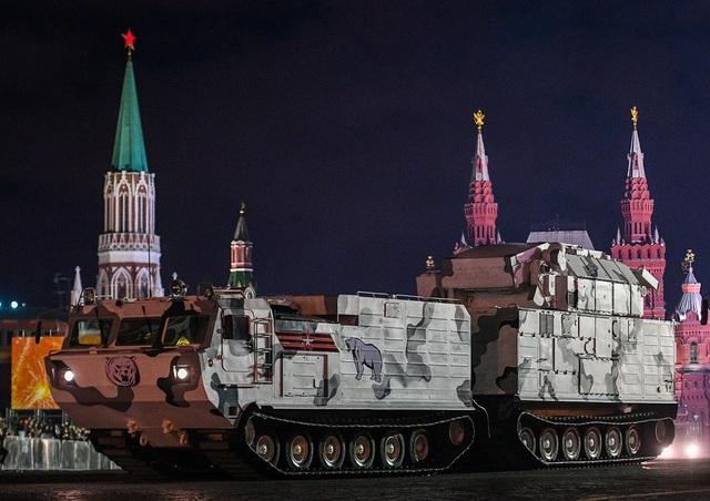 DT-30, phương tiện quân sự có khả năng vượt mọi địa hình, chở hệ thống tên lửa phòng không tầm trung Tor-M2DT phiên bản hoạt động tại Bắc Cực.