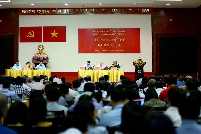 Chủ tịch nước Trần Đại Quang vắng mặt tại buổi tiếp xúc cử tri quận 1, 3, 4 vì bận công tác.