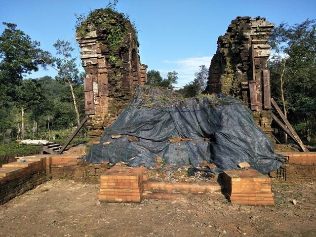 Nhóm tháp K trước khi các chuyên gia Ấn Độ triển khai dự án