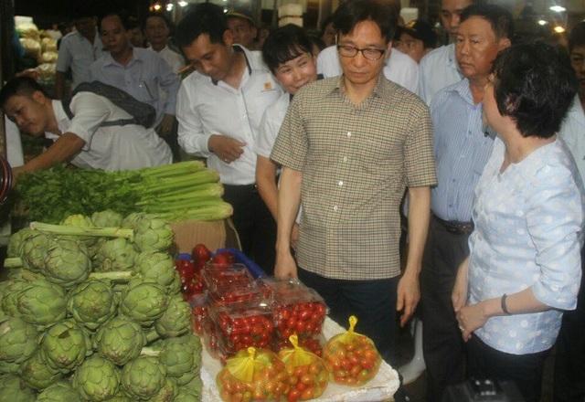 PGS Phạm Khánh Phong Lan cho biết, Bình Điền tập trung 80% thực phẩm cho toàn thành phố