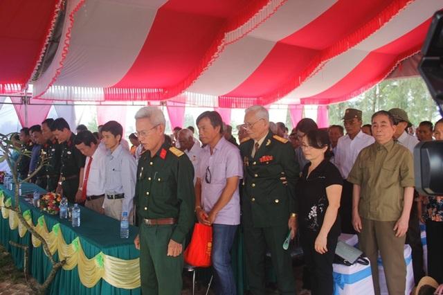Các cựu binh Tiểu đoàn 47 dành phút mặc niệm tri ân đồng đội