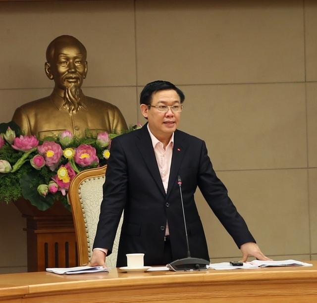 Phó Thủ tướng Vương Đình Huệ - Trưởng Ban Chỉ đạo Trung ương về cải cách chính sách tiền lương, bảo hiểm xã hội và ưu đãi người có công.