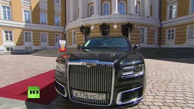 Theo truyền thông Nga, tổng cộng 14 chiếc limousine sẽ được bàn giao cho Điện Kremlin trong thời gian tới. Bắt đầu từ năm sau, những mẫu xe thuộc dự án Kortezh sẽ được bán cho chính phủ nước ngoài.