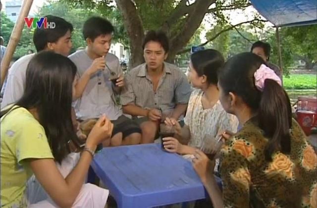 Theo Hà Hương, cảnh ăn chè của nhóm sinh viên nơi xóm trọ rất vui.