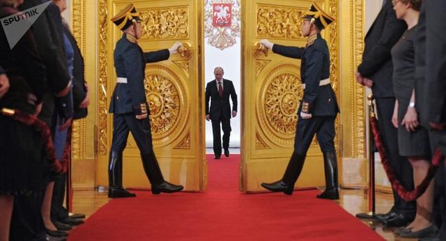 Nghi thức nhậm chức năm nay của Tổng thống Putin về cơ bản không khác nghi thức truyền thống lâu nay. (Ảnh: Sputnik)