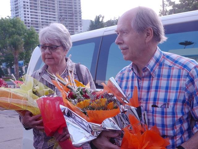 GS Gerard 't Hooft - giải Nobel Vật lý năm 1999 cùng phu nhân đã đặt đến TP Quy Nhơn (Bình Định) tham dự Gặp gỡ Việt Năm lần thứ 14 -2018.