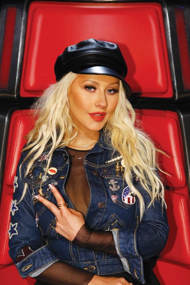 """Christina Aguilera trên ghế huấn luyện viên của """"The Voice"""" (Mỹ)"""