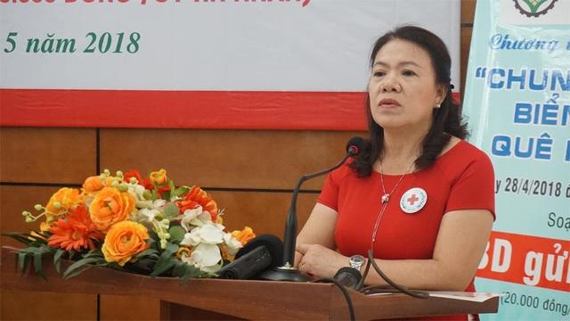 PGS.TS Nguyễn Thị Xuân Thu phát biểu tại Lễ phát động...