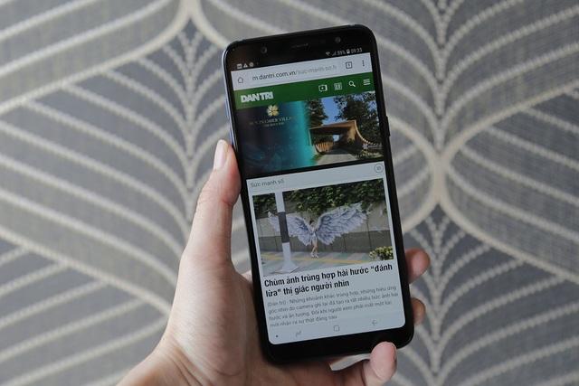 """Đánh giá Galaxy A6+ - smartphone """"cam kép"""" mới nhất của Samsung - 3"""