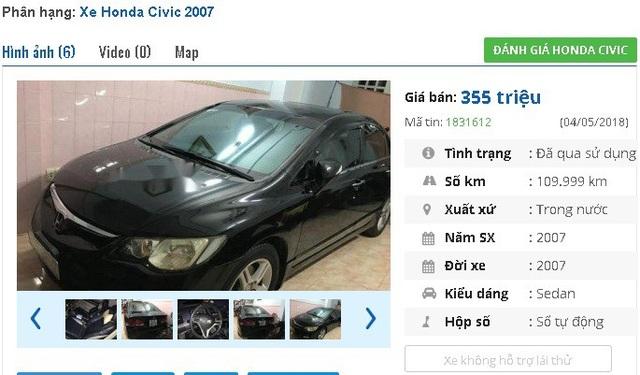 Chiếc xe số tự động Honda Civic sản xuất 2007, màu đen này đang được rao bán giá 355 triệu đồng. Theo giới thiệu của người bán, dòng xe vip được trang bị đầy đủ, máy móc êm, máy lạnh, được bảo dưỡng thường xuyên.