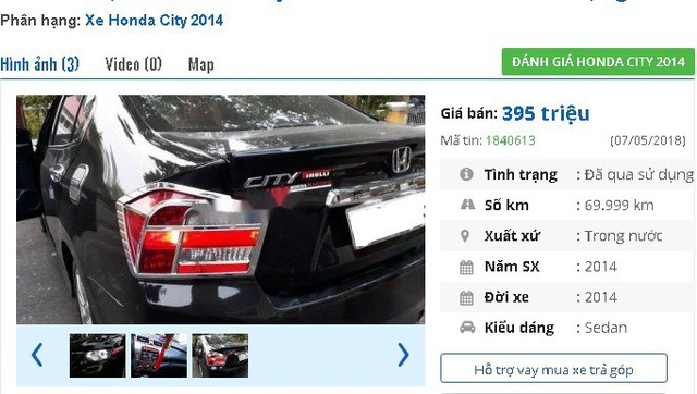 """Một chiếc xe Honda City đời 2014 màu đen này có giá bán 395 triệu đồng. Theo quảng cáo của người bán, chiếc xe cũ còn """"hoàn hảo, mua về sử dụng ngay, không cần thay thế, sửa chữa bất cứ hạng mục nào""""."""