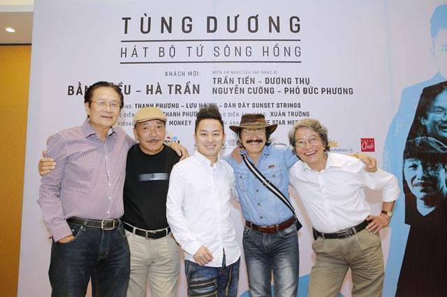 Liveshow lần thứ 10 của Tùng Dương được các nhạc sĩ gạo cội ủng hộ. Ca sĩ khách mời có Bằng Kiều, Hà Trần...