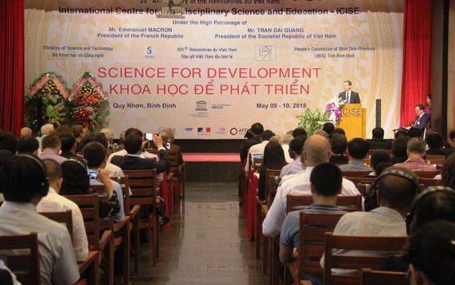 """Khai mạc hội thảo quốc tế chủ đề """"Khoa học để phát triển"""" diễn ra tại Trung tâm ICISE ở TP Quy Nhơn, tỉnh Bình Định."""