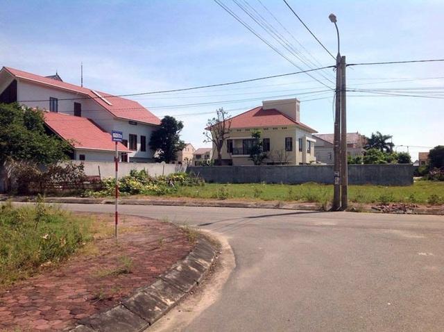 Khu vực dân cư xảy ra vụ cướp táo tợn vào sáng ngày 9/5.