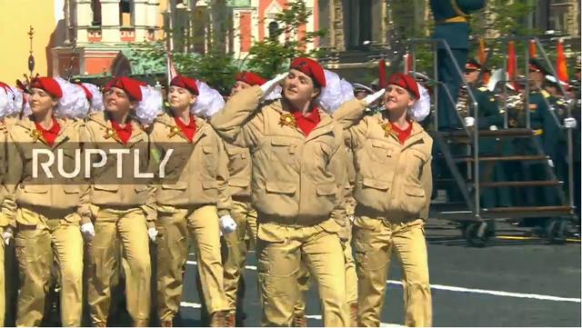 Nga trình diễn hàng trăm khí tài trong lễ duyệt binh mừng ngày Chiến thắng - 35