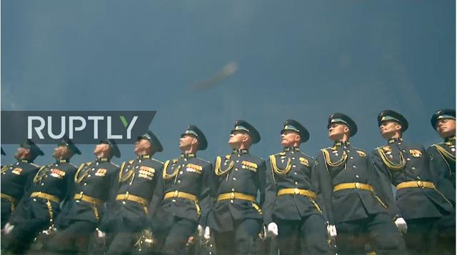 Nga trình diễn hàng trăm khí tài trong lễ duyệt binh mừng ngày Chiến thắng - 39