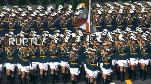 Nga trình diễn hàng trăm khí tài trong lễ duyệt binh mừng ngày Chiến thắng - 34