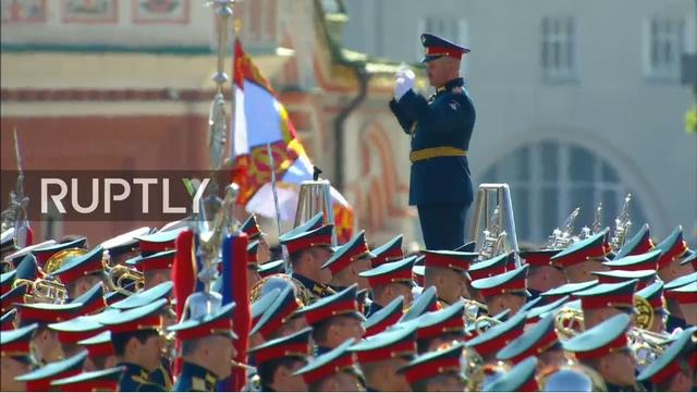 Nga trình diễn hàng trăm khí tài trong lễ duyệt binh mừng ngày Chiến thắng - 30