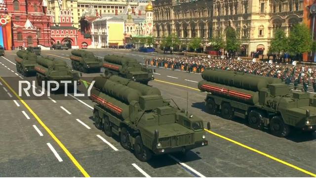Nga trình diễn hàng trăm khí tài trong lễ duyệt binh mừng ngày Chiến thắng - 18