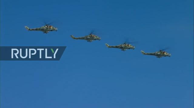 Nga trình diễn hàng trăm khí tài trong lễ duyệt binh mừng ngày Chiến thắng - 12