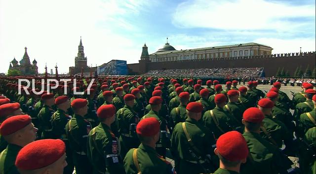 Nga trình diễn hàng trăm khí tài trong lễ duyệt binh mừng ngày Chiến thắng - 51