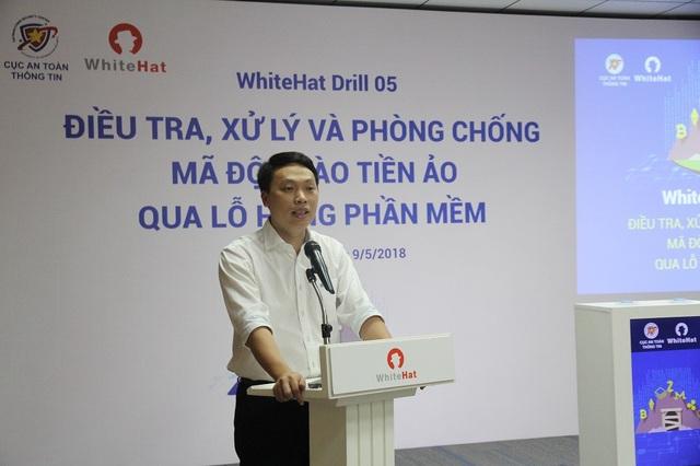 Ông Nguyễn Huy Dũng, Phó cục trưởng Cục An toàn thông tin, phát biểu khai mạc buổi diễn tập.
