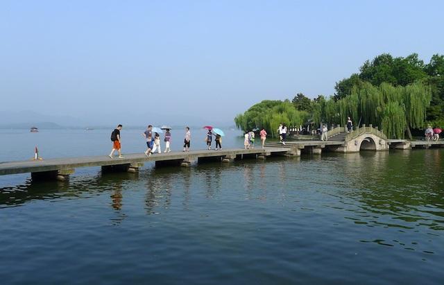 10 công viên quốc gia nổi tiếng nhất Trung Quốc - 10