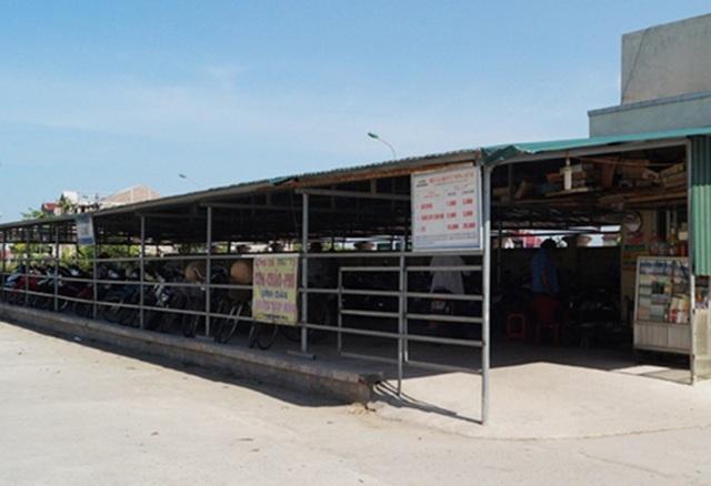 Sau bãi bỏ phí ô tô, BVĐK Hồng Lĩnh đang đàm phán để mua lại cơ sở vật chất do đơn vị tư nhân xây dựng này để bãi bỏ nốt phí xe máy cho nhân dân.