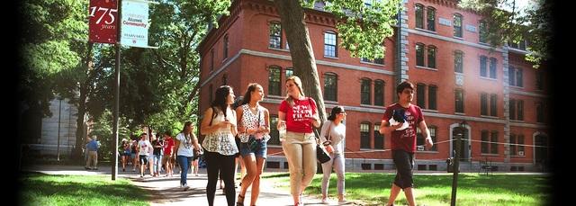 Năm thứ 8 liên tục, Harvard vẫn giữ vững vị trí số 1 của mình trong bảng xếp hạng 100 đại học danh tiếng thế giới.